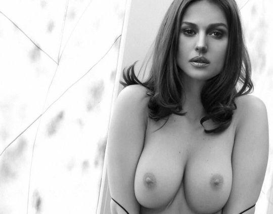 Monica-Bellucci-Nude-Boobs