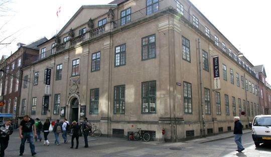 1280px-Post_og_Tele_Museet_Copenhagen