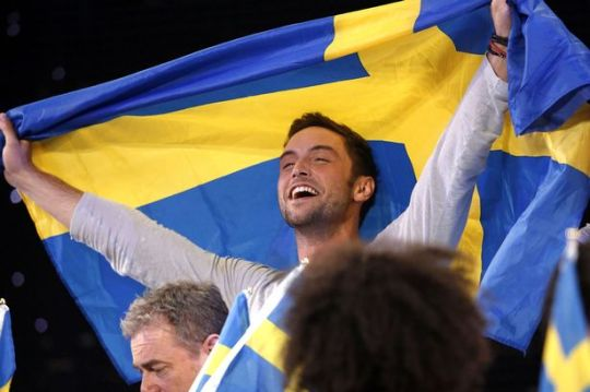 Swedens-Mans-Zelmerlow-reacts-after-winning-the-Eurovision-Song-Contest
