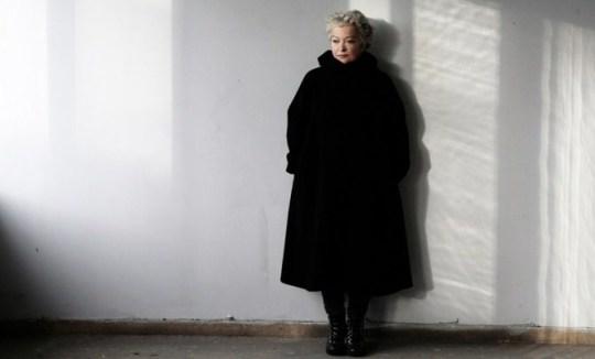 H Τάνια Τσανακλίδου επιστρέφει στη σκηνή του θεάτρου Τέχνης (στην Φρυνίχου) μετά από 40 χρόνια, και μάλιστα συνεργάζεται με την ομάδα Bijoux de Kant του ταλαντούχου Γιάννη Σκουρλέτη.