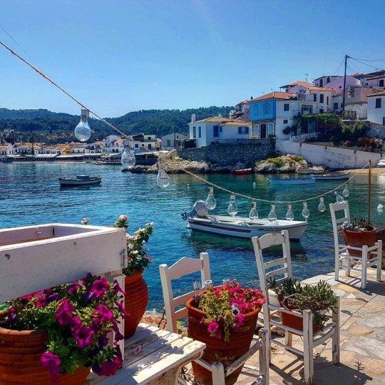 Ένα παραθαλάσσιο κουκλίστικο χωριό, Κοκάρι, Σάμος. Kokari, Samos island, Greece, nikosonline.gr