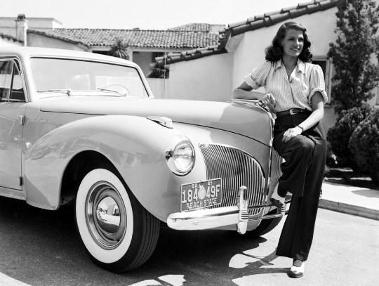 1941: American screen beauty Rita Hayworth, Rita Hayworth, Ρίτα Χέιγουόρθ