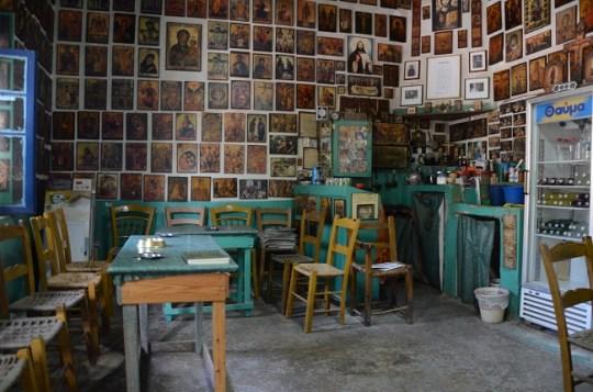 kafe Σίβα, Μεσράς Κρήτη, ΠΑΡΑΔΟΣΙΑΚΑ ΚΑΦΕΝΕΙΑ