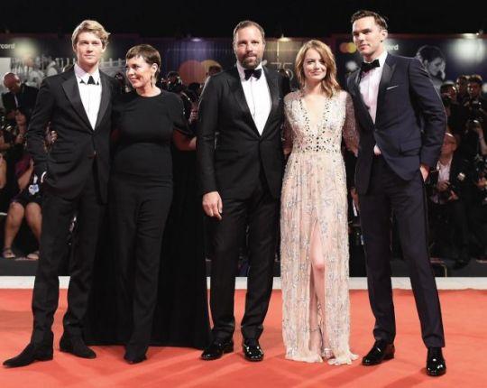 GIORGOS LANTHIMOS, The Favourite, GIORGOS LANTHIMOS, Olivia Colman, Rachel Weisz, Emma Stone, Oscar, MOVIE, nikosonline.gr