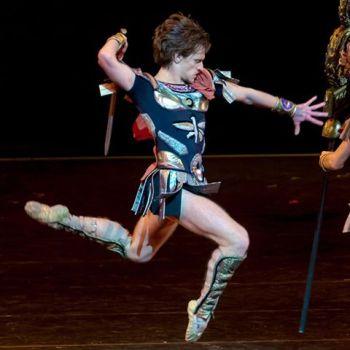 αδελφές, χοντροί, Sergei Polunin, Opera Paris, dance, ballet, χορός, Σεργκέι Πολούνιν, Σπάρτακος, nikosonline.gr