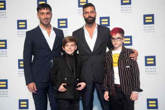 Ricky Martin, 4ο παιδί, GAY, σύντροφος, σύζυγος, παιδιά, οικογένεια, Lucia, nikosonline.gr