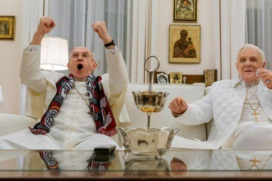 Είδα τους δύο Πάπες, The Two Popes, Jonathan Pryce, Anthony Hopkins, Βατικανό, Πάπας Φραγκίσκος, Πάπας Βενέδικτος, nikosonline.gr
