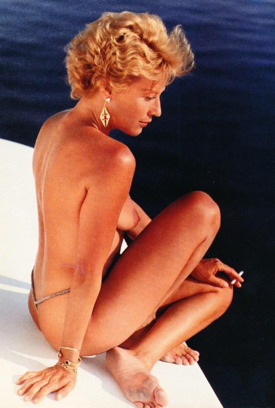 Ελληνίδες γυμνές στο Playboy, periodiko Playboy, Ellinides gymnes, περιοδικό, Λάσκαρη, Κοντού, Χρονοπούλου, γυμνές, nikosonline.gr