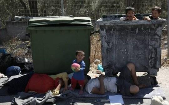 Οι πρόσφυγες, τα σχολεία, Κυριάκος Μητσοτάκης, PROSFYGES, MORIA, LESVOS, KERAMEOS, PAIDIA, SXOLEIA, DIMARXOS, ΜΠΑΚΟΓΙΑΝΝΗΣ, nikosonline.gr