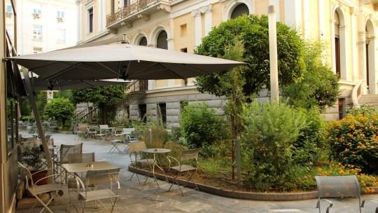 5+1 μυστικοί κήποι στην Αθήνα, secret gardens in Athens, center of Athens, cafe, bistro, food, καφέ, φαγητό, αυλές, φυτά, δέντρα, nikosonline.gr