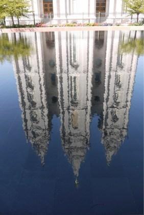 Das einzige etwas Unordentliche in SLC ist das Wasser im Springbrunnen vor dem Mormonen-Tempel