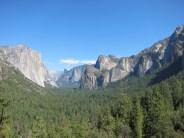 "Blick in den Park vom ""Tunnel View"", links ""El Capitan"""