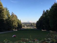 Mount Rainier vom Campus der University of Washington