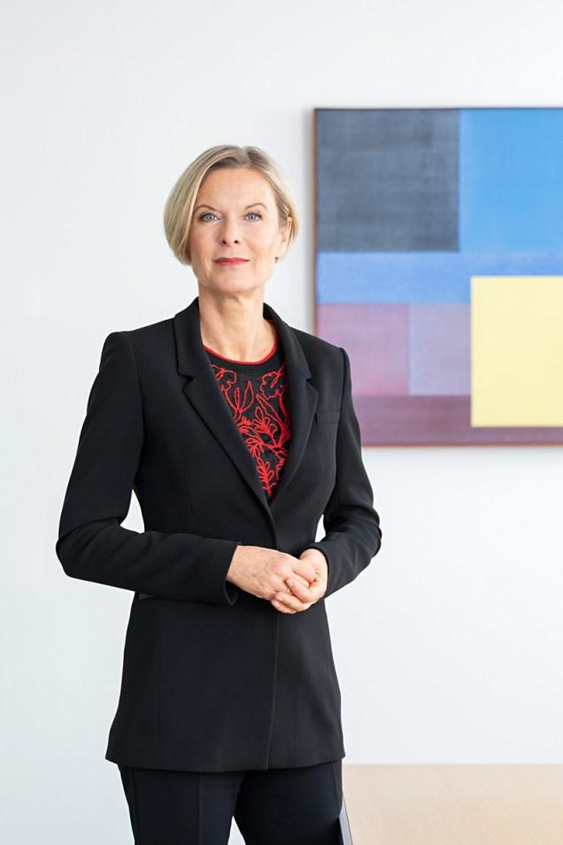Kathrin Menges ( Vorstand für Personal sowie Infrastructure Services ) / Henkel AG / Düsseldorf 2018 / Fotograf: Nils Hendrik Mueller