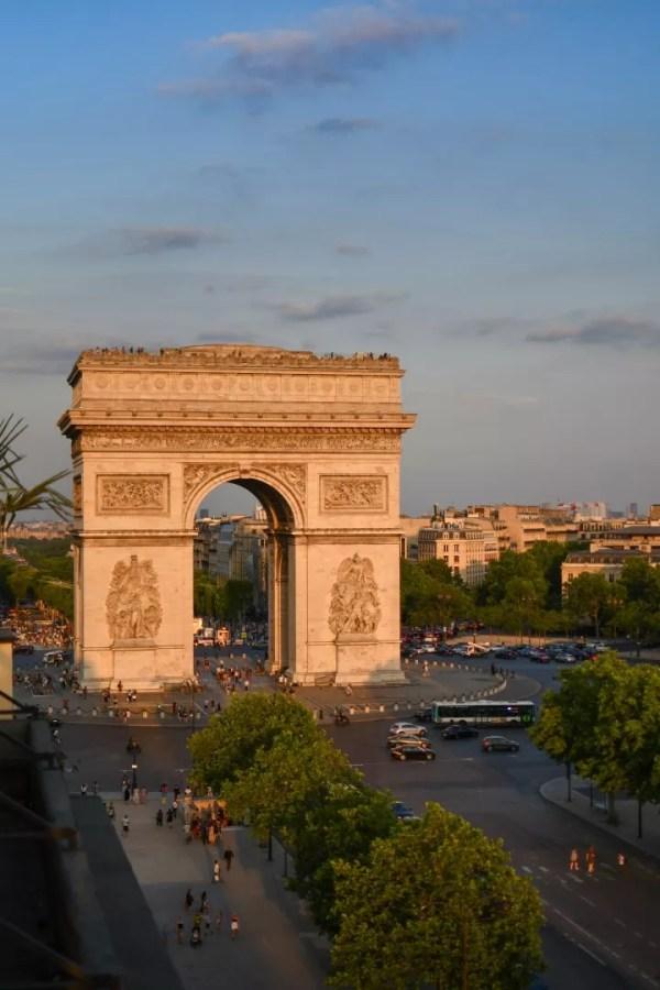 L'Arc de Triomphe, Paris, 25 juin 2019