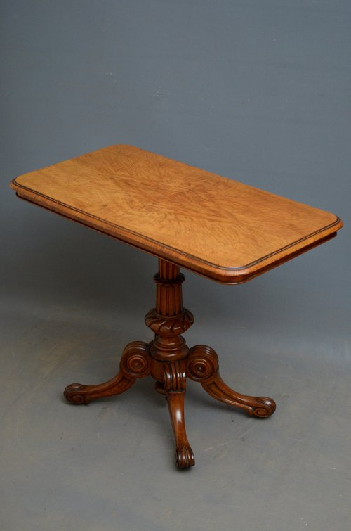 Stylish Victorian Pollard Oak Side Table