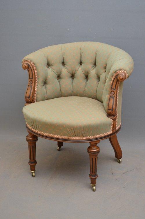 Fine Quality Victorian Walnut Armchair