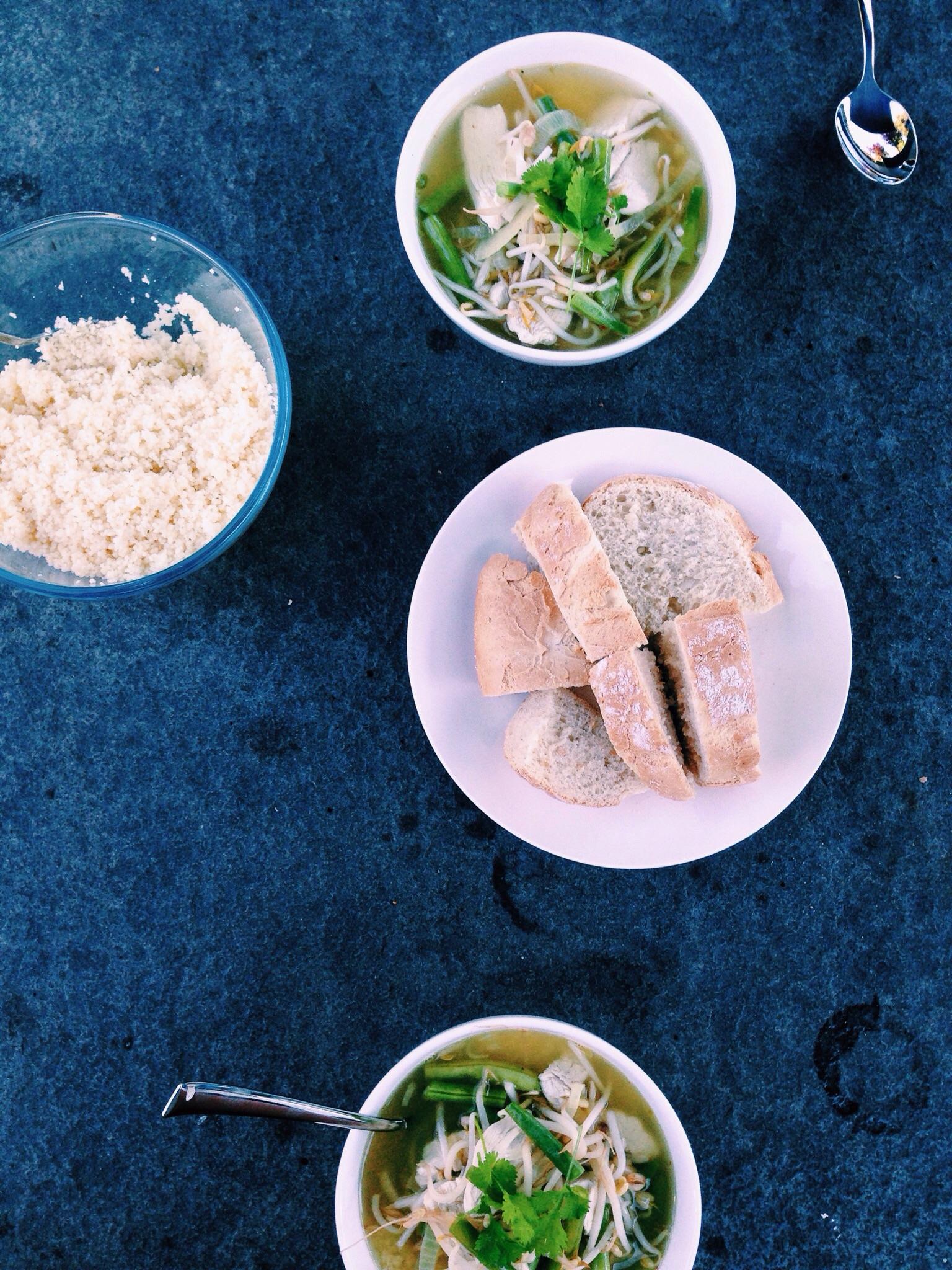 Pittige kippensoep met couscous