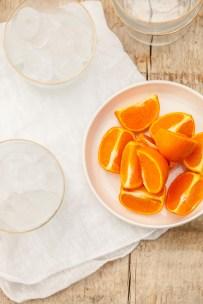 Cocktail met rabarberlikeur & mandarijn