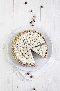 Torta al limone met hazelnotenbodem & meringueschuim