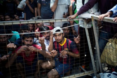 Angelos Tzortzinis Migranti Grecia