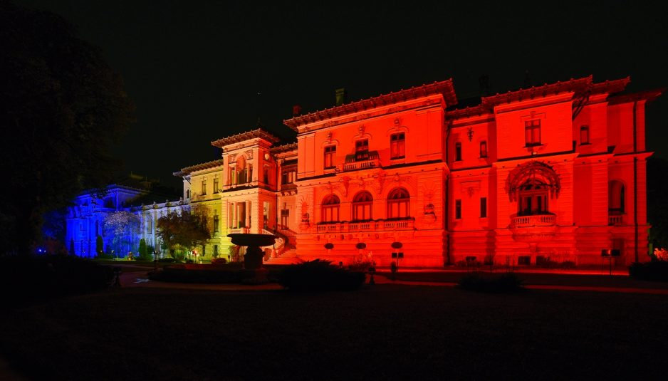 National Flag Day: Cotroceni Presidential Palace lit up Sunday, Monday nights in national flag colours