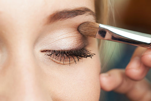 make up treatments from nineteen hair and beauty Farnham