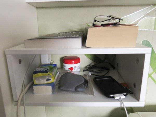 bedroom_shelf