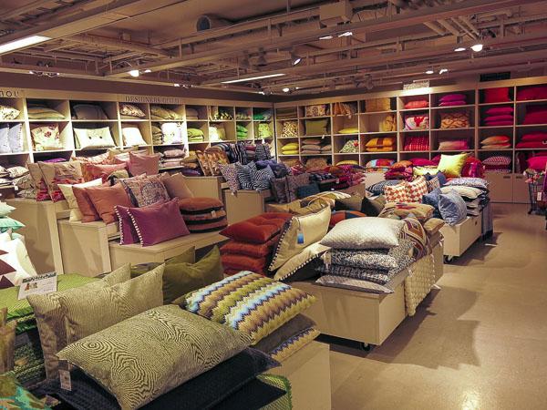 pillows, pillowcases