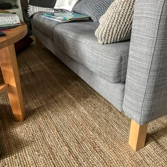 carpet, rug, livingroom