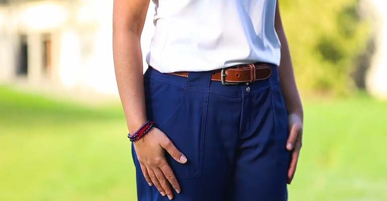 What to Wear to a Golf Outing Woman