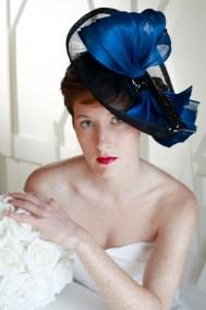 chapeau-bleu-et-noir-ninou-laroze