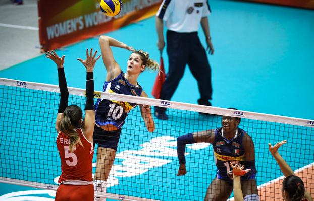 Entrenar el bloqueo en el voleibol