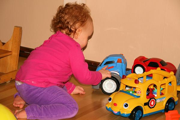 130111_playing Emelie