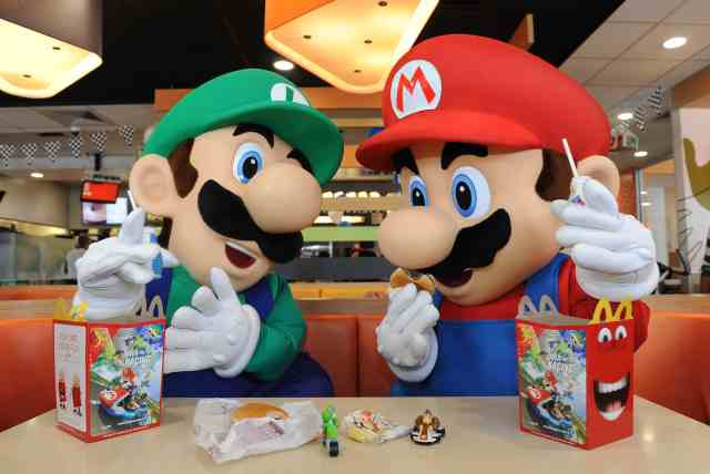 mcdonalds-mario-kart-8-happy-meal-photo-2