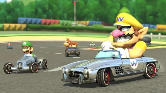 mario-kart-8-mercedes-benz-sl-roadster