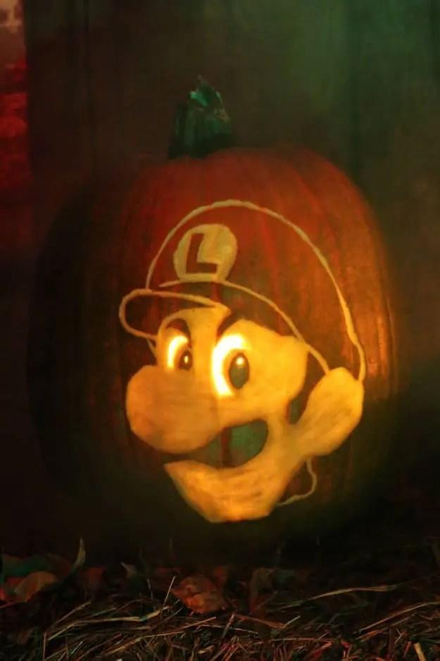 luigi-death-stare-pumpkin