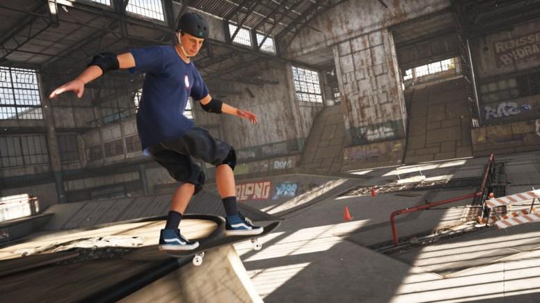 Tony Hawk Pro Skater 1 + 2_02