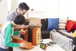 Nintendo-Labo-Robot-Kit-Inside