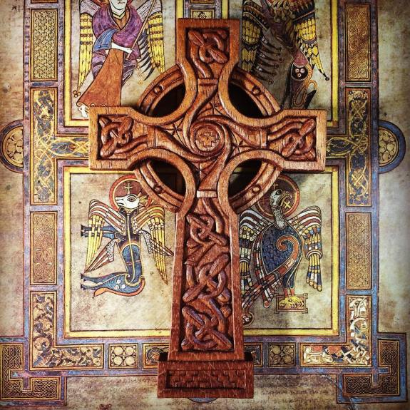 Celebrating the first International Day of Celtic Art with this #regram of one of my more traditional Celtic Art wood carvings, the Tree of Life Celtic Cross. #ninthwavedesigns #carving #woodcarving #handcarved #womeninwoodcarving #mahogany #celticartday2017 #celticart #celticcross #celtic #bookofkells #spiral #treeoflife #flashbackfriday #cross