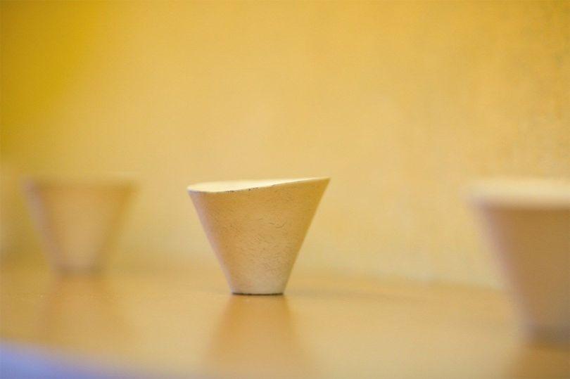 Un petit bol fabriqué par Yokoyama Takuya.
