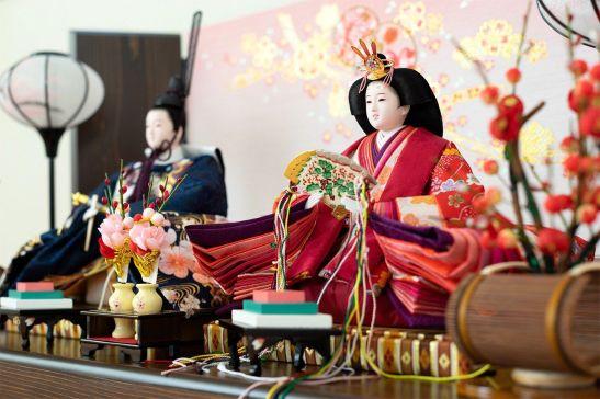 Muñecas típicas del Momo no sekku, que se celebra cada 3 de marzo.