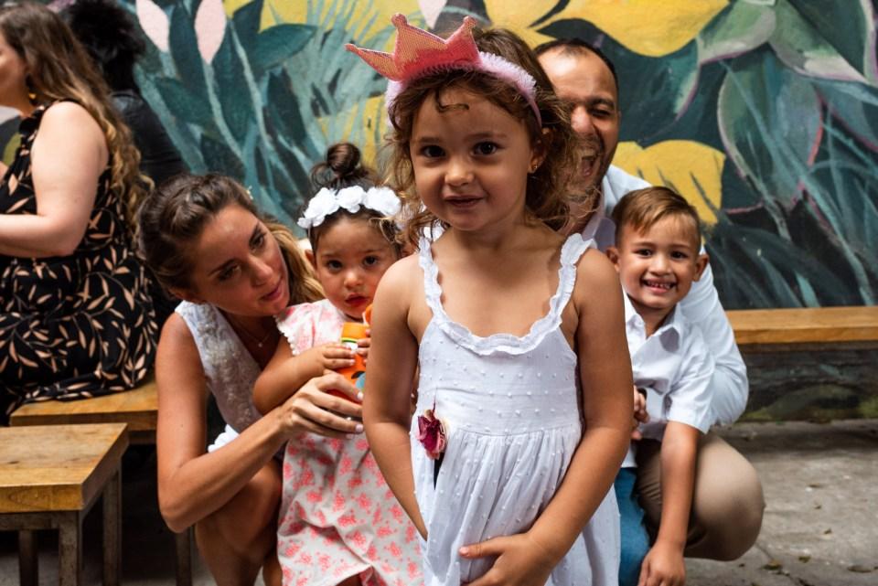foto grupal con nenes