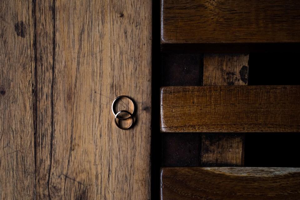 Los anillos de los novios