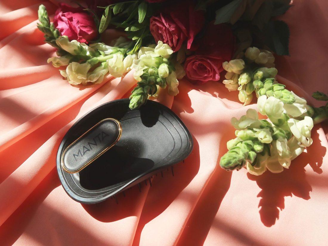 manta hairbrush, nishi v, www.nishiv.com