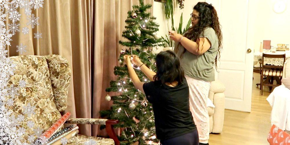 DECORATING MY GRAN'S CHRISTMAS TREE, Nishi V, www.nishiv.com, Vlogmas Day 3
