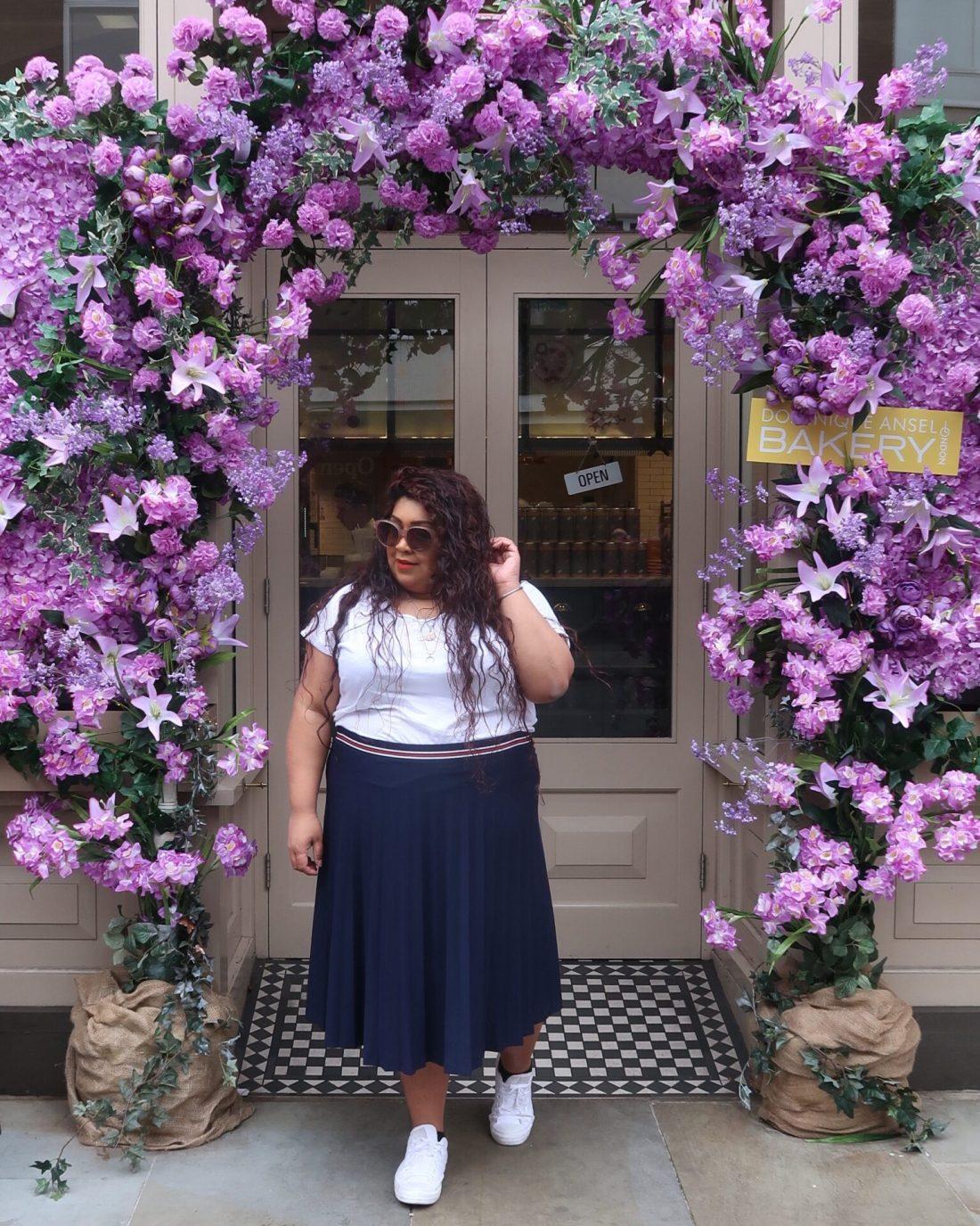 THE MOST INSTAGRAMMABLE PLACES IN BELGRAVIA LONDON, the best instagram photography spots in belgravia, nishi v, #nishitravels, moyses stevens, peggy porschen, les senteurs, dominique ansel
