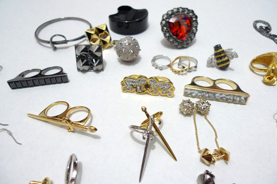 nOir Jewelry Sample Sale | Nov 9 11