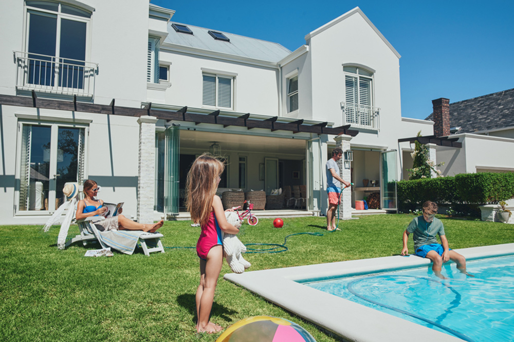18-Non-Toxic-Ways-to-Keep-Pests-at-Bay-This-Summer-girl-by-the-pool