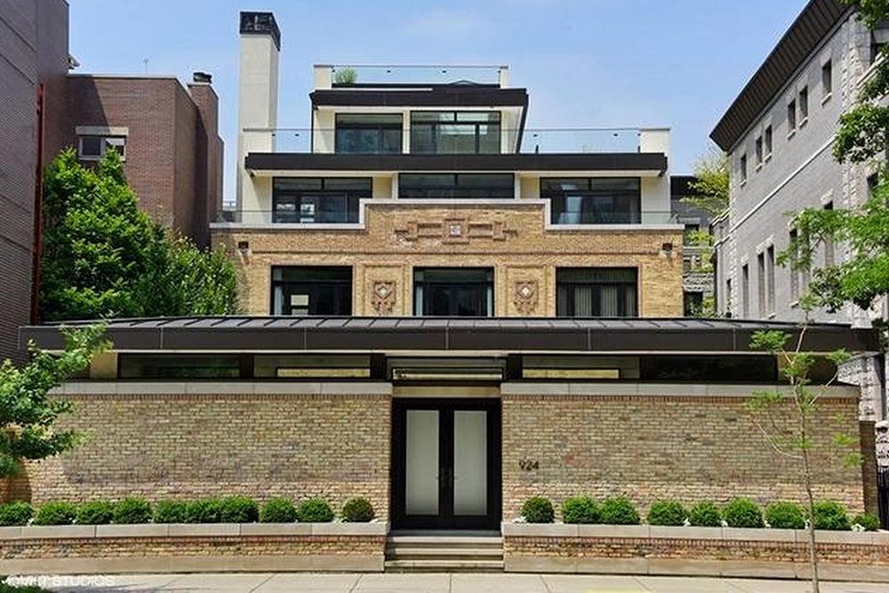Historic Chicago Home for Sale Exterior